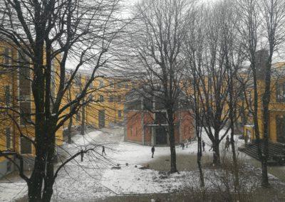 Cortile innevato del Liceo